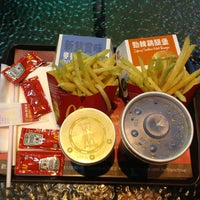 Photo taken at 麥當勞 McDonald's by Celeste T. on 2/27/2013