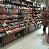 Photo taken at Planeta Bombom - shopping Guararapes. by Vanessa D. on 8/16/2014