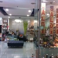 Foto scattata a Centro Commerciale I Granai da Federica M. il 8/12/2013