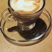 Photo taken at Best Of Café by Houd Z. on 11/17/2016
