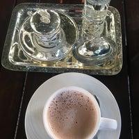2/1/2018 tarihinde TC Yesim C.ziyaretçi tarafından Cratos Nargile Café'de çekilen fotoğraf