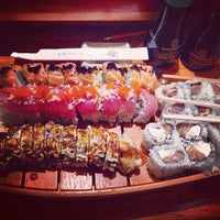 Photo taken at Sushi Inaka by Mike M. on 8/12/2013