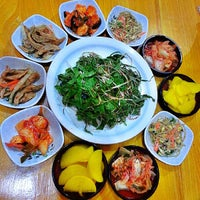 Foto tomada en Chil Chon Gak Korean Restaurant por Jhetzy M. el 10/9/2013