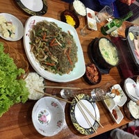 Foto tomada en Chil Chon Gak Korean Restaurant por Jhetzy M. el 4/19/2015