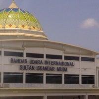 Photo taken at Sultan Iskandar Muda International Airport (BTJ) by Ari N. on 3/13/2013