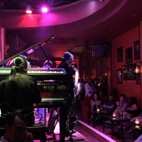Photo taken at Saxn'art Jazz Club by Hélène M. on 5/11/2017