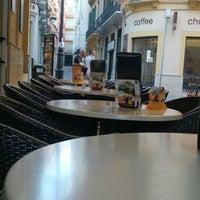 11/14/2013 tarihinde Ana S.ziyaretçi tarafından Café de Autor'de çekilen fotoğraf
