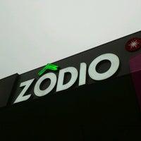 Photo taken at Zodio by Josseaux on 11/20/2013