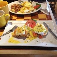 Das Foto wurde bei Yellow Cup Cafe von Nathan A. am 4/20/2013 aufgenommen