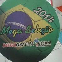 Photo taken at MegaGráfica Cleide - Parque Gráfico by Kamilla Kercia on 6/12/2014