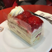 Photo taken at Patisserie Valerie by Shiki0306 on 11/2/2017