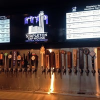 Photo prise au Stapleton Tap House par Stapleton Tap House le8/8/2013