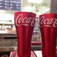Photo taken at Burger King by Kyoungmi K. on 11/14/2013