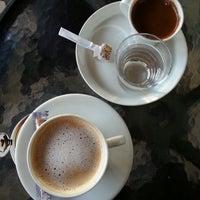 2/18/2014 tarihinde Neslihan ş.ziyaretçi tarafından Cafe Time'de çekilen fotoğraf