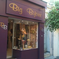 Photo taken at Big Bijoux by Vicky on 8/11/2013