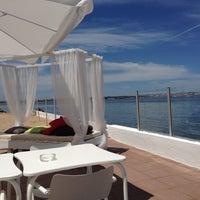 Photo taken at Praia Norte - Restaurante Lounge Bar by Susana S. on 6/10/2014