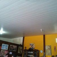 Foto tirada no(a) Tia Zelia Restaurante por Mari Satie em 10/3/2013