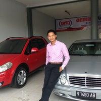 Photo taken at Gemini Agung Motor by Nita P. on 8/27/2013