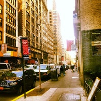 Снимок сделан в Holiday Inn Manhattan 6th Ave - Chelsea пользователем Italo S. 12/15/2012