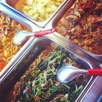 Photo taken at Happy Lotus VeGetarian by Sylvia L. on 8/10/2013