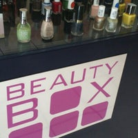 Photo taken at Beauty Box by Marce C. on 11/18/2015