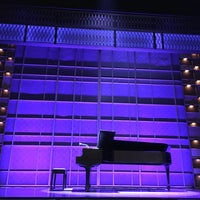 Photo taken at Beautiful: The Carole King Musical by Mine Y. on 1/16/2017