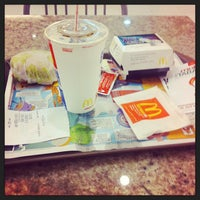 Photo taken at McDonald's by Daiana G. on 10/11/2013