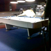 Foto diambil di Ha Ha Billiard And Bar oleh Fredyla G. pada 8/18/2013