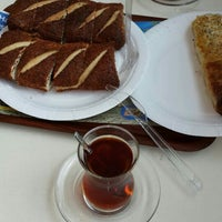 Photo taken at Simit Sarayı by Meltem Gülnur Y. on 9/8/2014