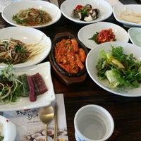 Photo taken at 이가네더덕밥 by ULim p. on 11/4/2014