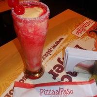 Photo taken at Pizza al paso Granada by Abraham R. on 10/9/2015