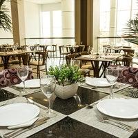 Photo taken at Restaurante Slaviero Executive Cuiabá by Slaviero Hotéis on 4/11/2014