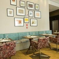 Photo taken at Restaurante Slaviero Executive Cuiabá by Slaviero Hotéis on 12/12/2014