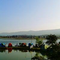 Photo taken at ภูนำ้อิงฟ้า รีสอร์ท by Jean s. on 12/21/2013