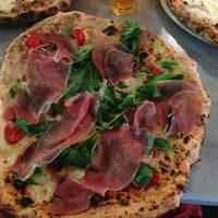 Foto scattata a Pizzeria Sorbillo da AAA⭐⭐⭐⭐⭐ Tom il 7/20/2013