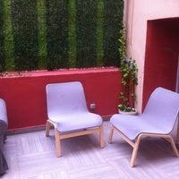 Photo taken at Balat Educa Suites by Özlem D. on 5/23/2014