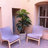 Photo taken at Balat Educa Suites by Özlem D. on 5/19/2014