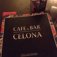 Das Foto wurde bei Cafe & Bar Celona von serialjane am 7/15/2016 aufgenommen