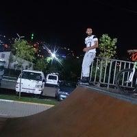 Das Foto wurde bei Alibeyköy Skatepark von Yavuz S. am 8/20/2014 aufgenommen