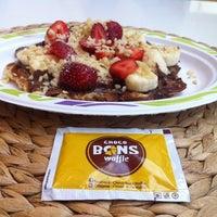 7/29/2014 tarihinde Duygu A.ziyaretçi tarafından Choco Bons Waffle'de çekilen fotoğraf