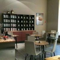Снимок сделан в Double B Coffee & Tea пользователем Nika A. 11/3/2013