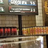 Foto scattata a Goose Island Beer Co. da Curtiss J. il 8/11/2018