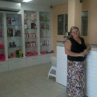 Foto tirada no(a) Doce e Pimenta Sex Shop por Paulinho K. em 9/28/2013
