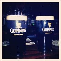 Photo prise au Joe's Irish Bar par Michael V. le11/25/2012