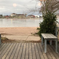 Photo taken at Ravintola Uunisaari by Juhani P. on 1/14/2018