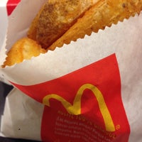 Photo taken at McDonald's CC El Rosal by Luis . on 4/23/2016