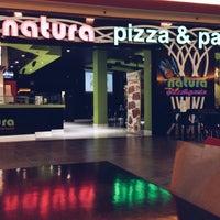 Foto tomada en Natura Pizza & Pasta por Luis . el 5/25/2015