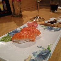 Photo taken at Restaurante Japonés Zakuro by Jordi M. on 4/11/2014
