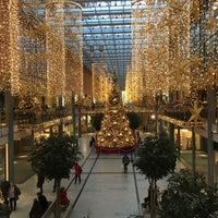 Foto tirada no(a) Potsdamer Platz Arkaden por Benny em 12/1/2015