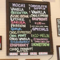 Photo taken at Bubbies Homemade Ice Cream & Desserts by ❤️Ƙҽ ժ. on 7/26/2013